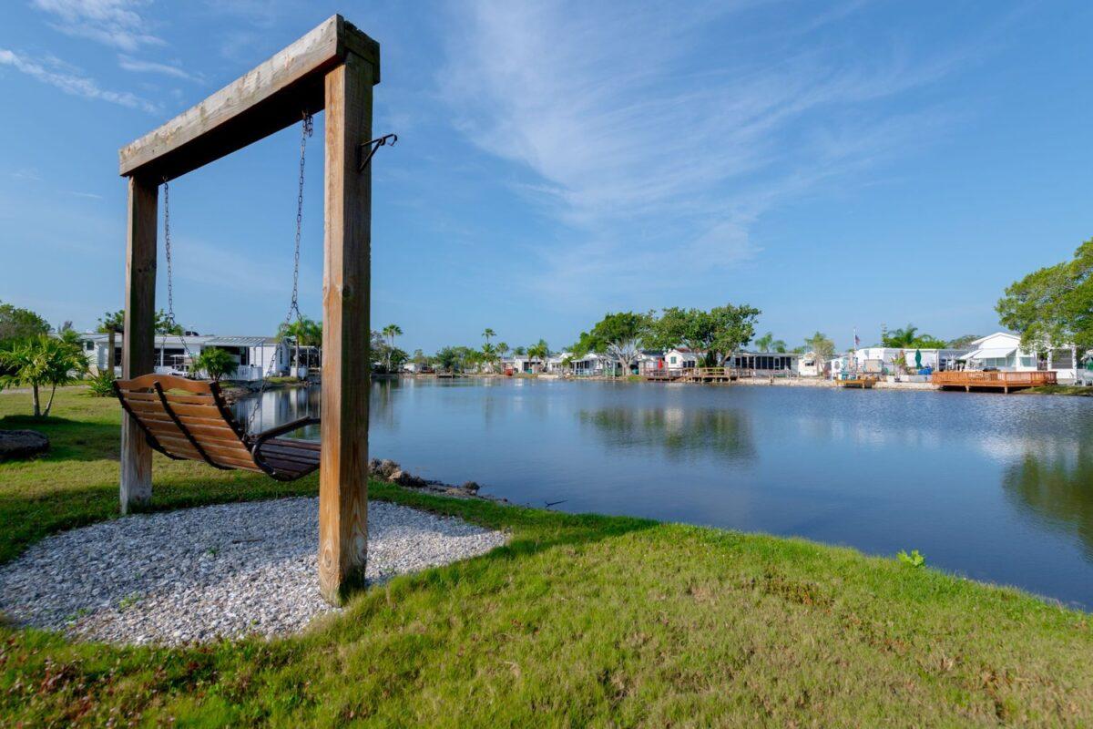 Belle Harbor rv marina swing